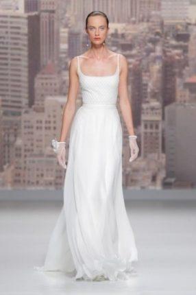 Wedding dress con spalline Rosa Clarà 2015