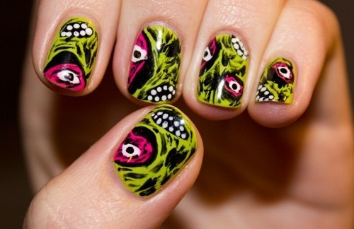 Zombie nail art unghie Halloween