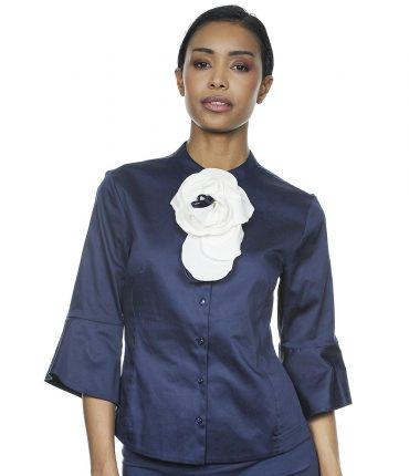 Camicia In Tessuto Lucido Blu Con Fiore Staccabile NaraCamicie