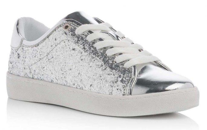 Sneakers Argento Con Glitter E Suola In Gomma Bianca (prezzo 34,90 Euro)