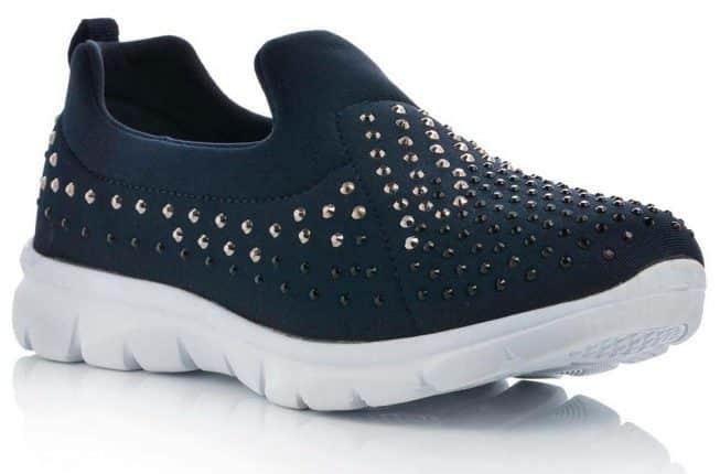 Sneakers In Tessuto Traforato Con Borchie (24,90 Euro)